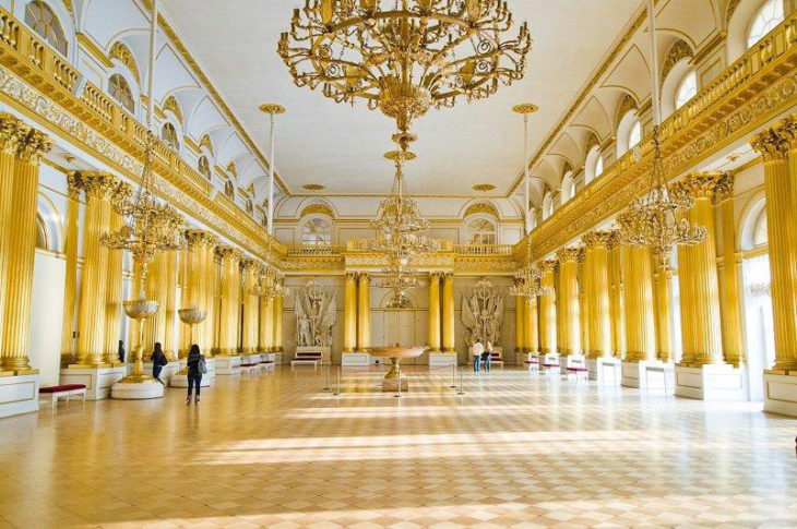 Эрмитаж в Санкт-Петербурге