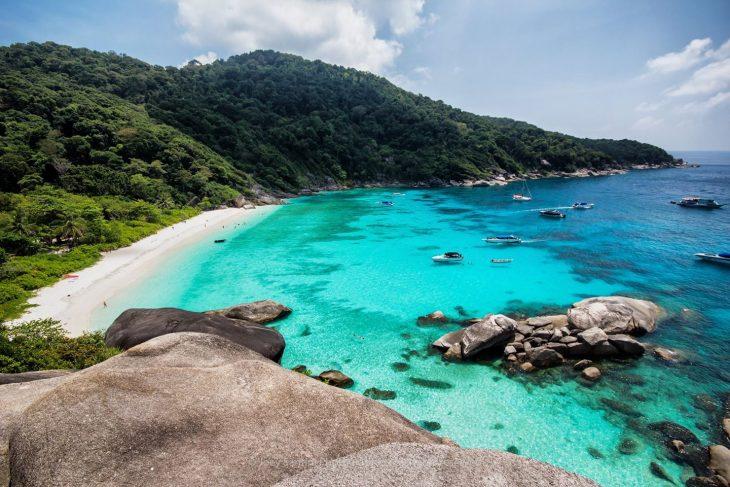 Глубины Симиланских островов в таиланде