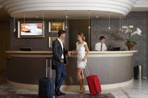 Как лучше бронировать отель