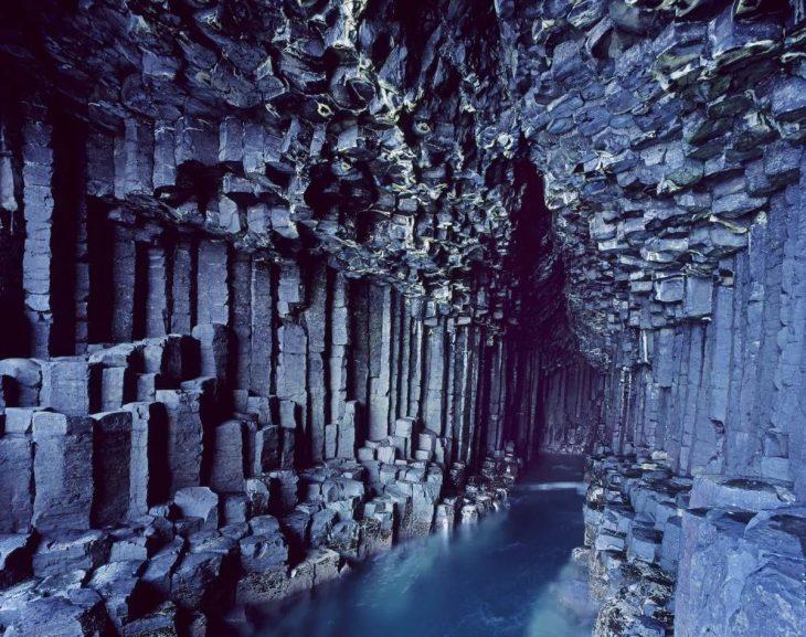 Описание фингавой пещеры