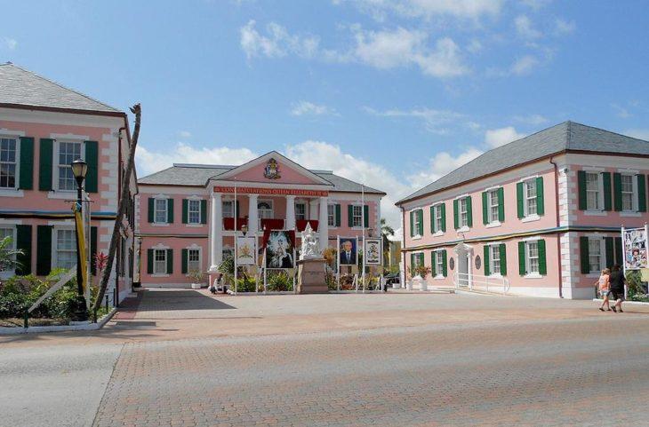 Парламентская площадь город Нассау