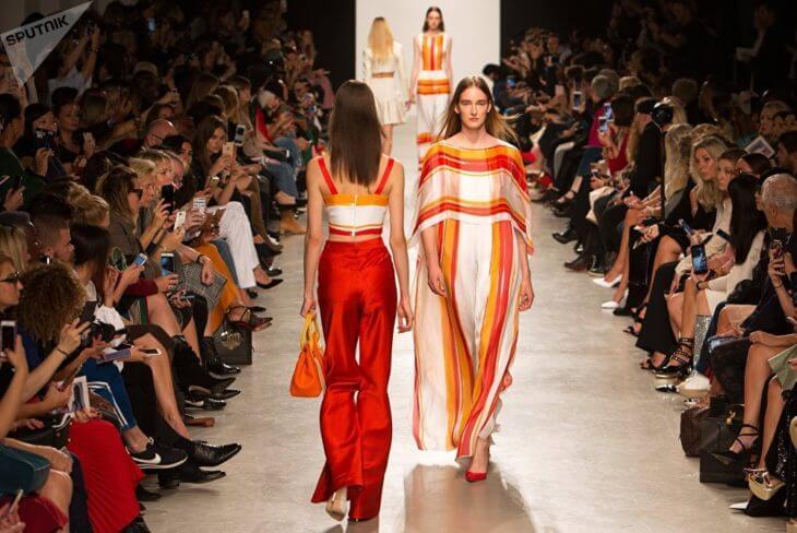 Показы мод в Париже