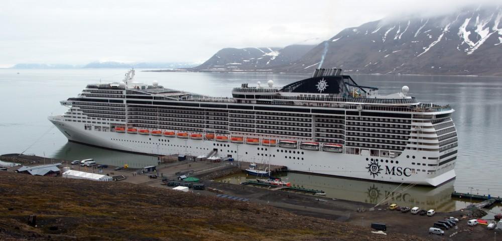 Больше круизные лайнеры – больше туристов на Шпицбергене   The Independent  Barents Observer