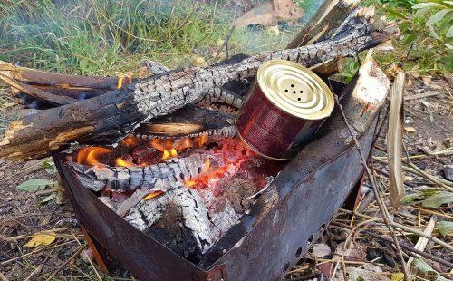Как разогреть консервы в походных условиях. | ВЫЖИВАЙ.РУ