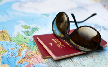 Какие документы нужны для самостоятельного путешествия за границу