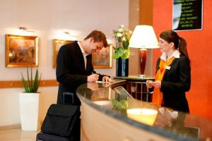 Необходимые документы при заселении в отель