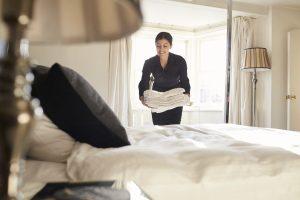 Заселение в номер отеля